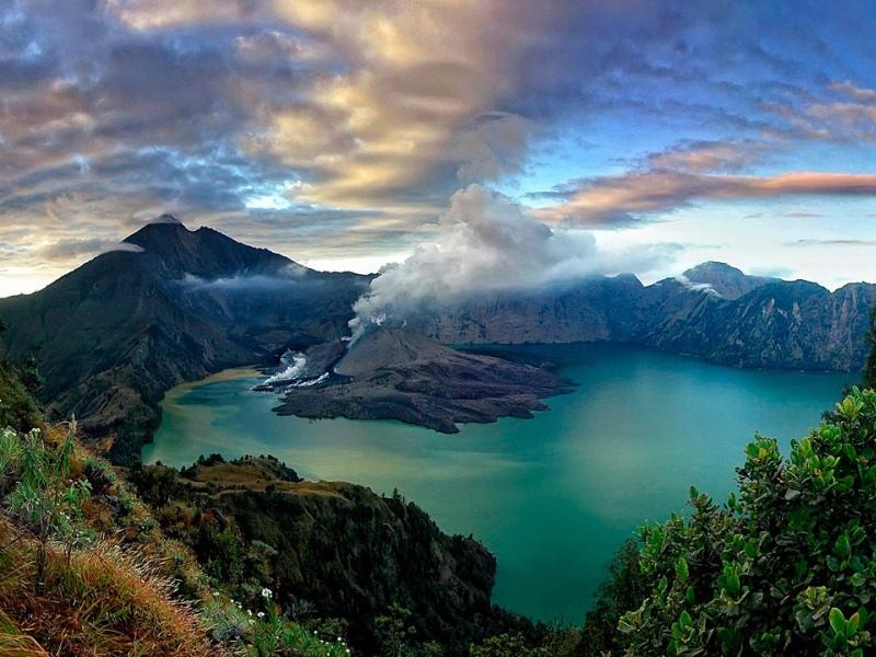 картинка фотография курорта Ломбок, остров в Индонезии